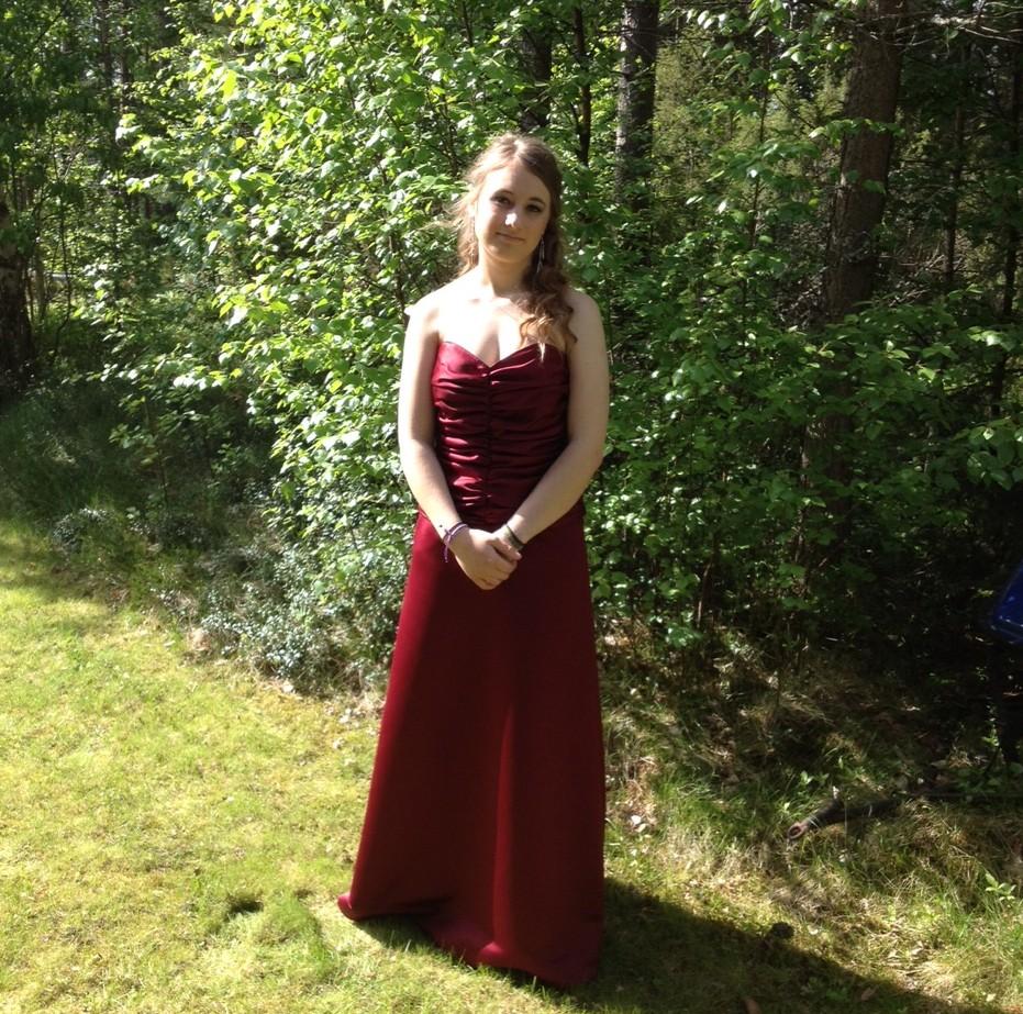 Tack för fina balklänningen!